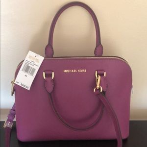 NWT Michael Kors Satchel w removable strap